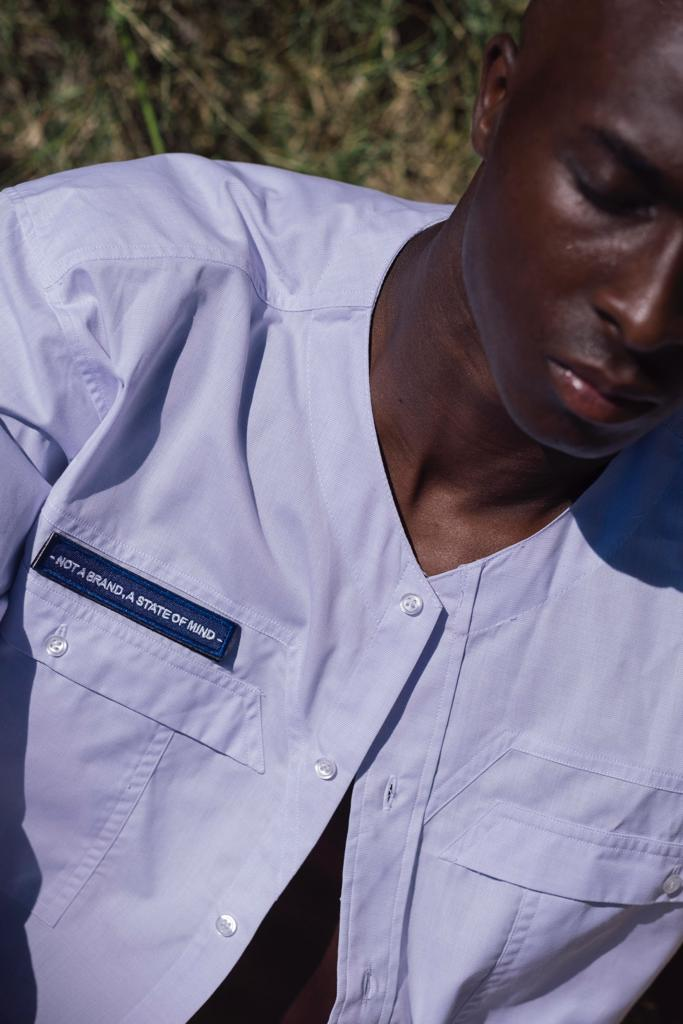 La Draft-Shirt Baseball collar